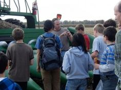 Here I am talking to a group of homeschoolers from chicago about popcorn.