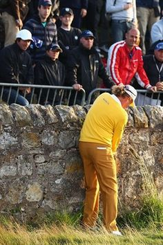 Angel Jimenez' famous wall shot in the British Open Championship.