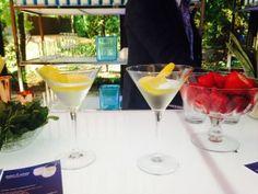 Le Sapphire Martini. 3 cocktails Bombay Saphire si vous aimez le gin! Détails sur www.lavietoutsimplement.com