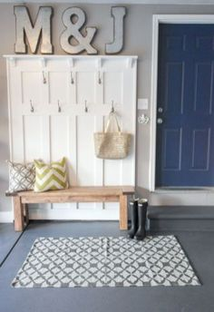 43 Awesome Small Mudroom Design Ideas
