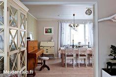 Rintamamiestalon remontti | Meidän Talo Divider, Room, Furniture, Home Decor, Bedroom, Decoration Home, Room Decor, Rooms, Home Furnishings