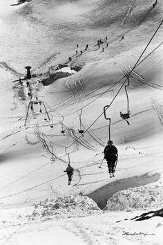Sessellift am Nebelhorn I, – Beste Winterbilder Alpine Skiing, Snow Skiing, Ski And Snowboard, Snowboarding, Vintage Ski Posters, Ski Decor, Ski Racing, Beach Trip, Hawaii Beach