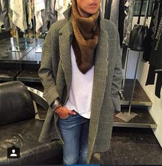 32 paradis Sprung Frères coat  Mink scarf 32 paradis Sprung frères  @addictnice