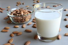 Yes, milk can do a body good- but almond milk can do a body even better! Almond milk contains more nutrients than other dairy milk alternatives like rice milk and works as a great alternative for those with soy and lactose allergies. Almond Milk Nutrition, Is Almond Milk Healthy, Make Almond Milk, Almond Milk Recipes, Homemade Almond Milk, Cheese Nutrition, Food Nutrition, Real Homemade, Nutrition Tracker