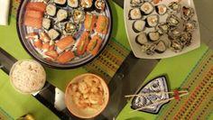 Sushi servido en la mesa
