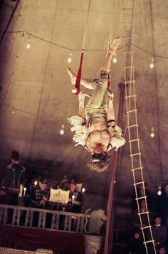 Dark Circus, Circus Art, Cabaret, Charlie Chaplin, James Thierrée, Bye Bye Blackbird, Circus Aesthetic, Circo Vintage, Circus Performers