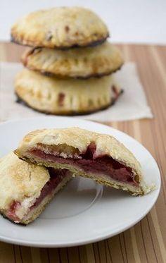 Strawberry rhubarb cookies