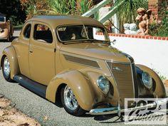 1937 Ford Standard Coupe. [Desktop wallpaper 1600x1200]