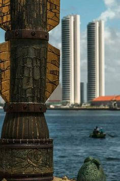 Parque de Esculturas Brennand X Verticalização descontrolada - Marco Zero - Recife | PE - Brasil Foto: Keila Vieira