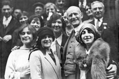 The Socialist Party leader and five-time presidential candidate Eugene V. Debs, in glasses, in the foreground.