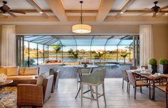 Le séjour de cette belle demeure donnant sur la piscine couverte