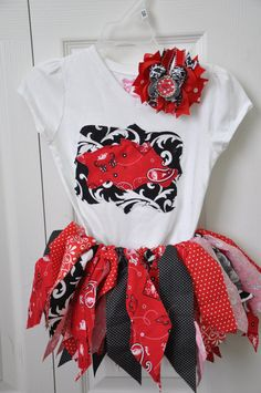 Arkansas Razorback Scrappy Rag Skirt - so cute.