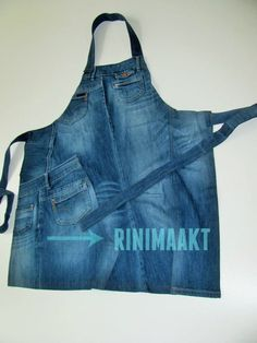 upcycled denim apron, repurpose jeans into an apron Denim Crafts, Clothes Crafts, Diy Clothing, Learn To Sew, Blue Denim, Upcycle, Apron, Sewing, Knitting