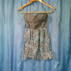 Cute Mini Dress Very short Floral dress with Jean top detail. Says size small, but this is extra small. Wore once and then shrunk in the wash Dresses Mini