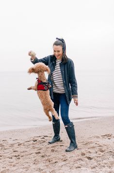 February Beach Outings - Carly the Prepster Cold Beach Outfit, Fall Beach Outfits, Winter Fashion Outfits, Fall Winter Outfits, Beach Rain, Long Beach, Fashion Over Fifty, Wellies Rain Boots, Winter Beach
