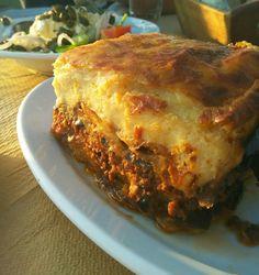 #Moussaka #lovers !!! #visitgreece #creta #greece #love Creta Greece, Moussaka, Lasagna, Villa, Lovers, Ethnic Recipes, Food, Essen, Meals