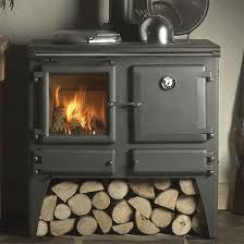 The Esse Ironheart Multi Fuel / Wood Burning Range Cooker is a combination of a superb log burner stove and a traditional cast iron Esse cooker with an outstanding heat output of suitable for any traditional farmhouse kitchen. Log Homes, Tiny Homes, Cabin Homes, Old Stove, Stove Oven, Kitchen Stove, Multi Fuel Stove, Cooking Stove, Cooking Corn