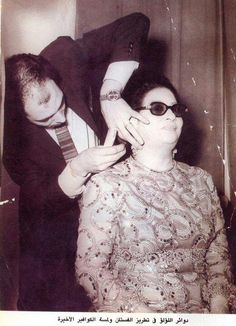 Om Kalthoum Old Pictures, Old Photos, Egyptian Beauty, Arabic Beauty, Egyptian Movies, Arab Celebrities, Egyptian Actress, Old Egypt, Cover Photo Quotes