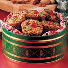 "Miniature Fruitcakes ""I've been using this recipe for 40 years,"" reports Ruth Burrus, Zionsville, Indiana.""These would be pretty topped with marzipan sand white chocolate topping from house on the hill springerle Christmas Cooking, Christmas Desserts, Christmas Cakes, Xmas Cakes, Xmas Food, Christmas Foods, Holiday Cakes, Christmas Diy, Cupcake Cakes"