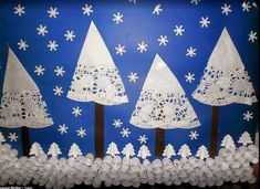 In this DIY tutorial, we will show you how to make Christmas decorations for your home. The video consists of 23 Christmas craft ideas. Preschool Christmas, Easy Christmas Crafts, Christmas Activities, Christmas Art, Christmas Decorations, Snow Crafts, Craft Stick Crafts, Diy And Crafts, Winter Crafts For Kids