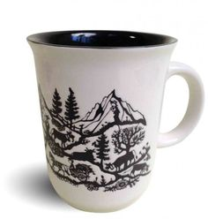 Unique mug with a beautiful pattern silhoutte. The special shape of the cup there is not often. Beautiful Patterns, Paper Cutting, Shapes, Mugs, Tableware, How To Make, Gifts, Switzerland, Silhouette