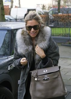 my-macushla: Sylvie Meis via ILFN she's so beautiful love her style Sylvie Meis Style, Football Wags, Chic Outfits, Winter Outfits, Fierce Women, Love Her Style, Trends, Autumn Winter Fashion, Winter Style
