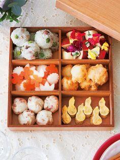 special bento for celebration | Lunch Box Recipe : 新郎新婦へ差し入れたい、ハレの日のお祝い弁当
