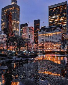 Central Park, NYC 📷 ericknyc_ - New York City Feelings New York Life, Nyc Life, City Aesthetic, Travel Aesthetic, Aesthetic Vintage, City Photography, Landscape Photography, Aerial Photography, Landscape Photos