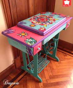 38 New Ideas Sewing Table Ideas Antique Decor, Redo Furniture, Repurposed Furniture, Painted Chairs, Paint Furniture, Furniture Makeover, Cool Furniture, Funky Painted Furniture, Sewing Machine Tables