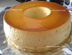 (Other 4 more delicious flan recipes here) Mexican Food Recipes, Sweet Recipes, Dessert Recipes, Yummy Treats, Sweet Treats, Yummy Food, Gelatina Jello, Flan Recipe, Peruvian Recipes