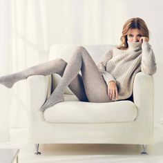 Tights and socks Falke Sensual (meeting and images: dense gray tights, knitted gray sweater) Colored Tights Outfit, Grey Tights, Cute Tights, Pantyhose Fashion, Pantyhose Outfits, Fashion Tights, Nylons, Cable Knit Socks, Teen Fashion