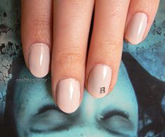 LAURA PALMER NAILS omggggggggggg. dead. dead. dead. (wrapped in plastic)