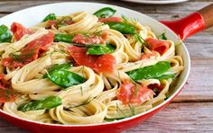 10 Healthy Pasta Dishes Under 450 Calories | Nutrition | MyFitnessPal Healthy Pasta Dishes, Healthy Pastas, Healthy Meals For Two, Healthy Eating, Healthy Food, Healthy Habits, Healthy Dinners, Gourmet Recipes, Healthy Recipes