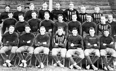 1919: Team photo ( Chicago Tribune archive photo / September 4, 2012 ). More vintage Bears photos: http://www.redeyechicago.com/news/redeye-bears-photos-from-the-1910s-to-the-1980s-20120904,0,526236.photogallery