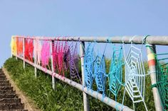 Yarn bombing stairs, with Heidi van Hooijdonk and Boukje Heddema. 2014. #yarnbombing, #crochet, #wildbreien