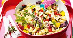 Celebrate Australia Day outdoors with this easy pasta salad dish to go!