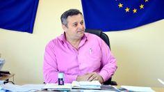"""Primarul comunei Radovan, Aurică Cîrstianu, îşi doreşte cât mai mulţi investitori în localitatea pe care o păstoreşte. De aceea, acesta a hotărât ca în următoarea perioadă să scoată la licitaţie două hectare de teren intravilan pentru potenţialii doritori care vor să investească în zonă. """"Noi avem taxele foarte mici. Având precedentul din 2008 când am […]"""
