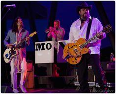 The Mavericks - Mono Mundo Tour - August 2015 photo spread from Todd Gunsher, Blurt Magazine -