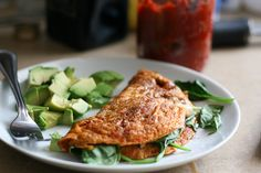10-minute Sun-dried tomato and spinach omelet - www.perrysplate.com