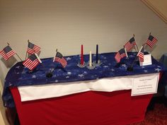 TABLESCAPE: Focus Table Fourth of July By Amber Puffinburger