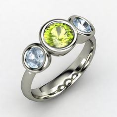 Naomi Ring.....this would be neat as a mothers ring!