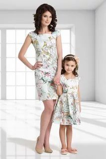 """""""It is so nice to look like Mommy. Mother Daughter Matching Outfits, Mother Daughter Fashion, Mom Daughter, Matching Family Outfits, Daughters, Mommy And Me Shirt, Mommy And Me Outfits, Twin Outfits, Kids Outfits"""