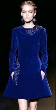 Alberta Ferretti 2013-2014. It's all about blue and indigo, both in fashion and decor. #devinecolor