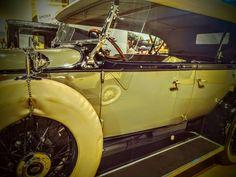 Antique Car -Doctor