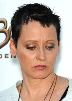 Lori+Petty+short+hairstyles+for+women+over+50