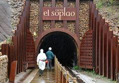 Entrada de la Cueva El Soplao en Cantabria