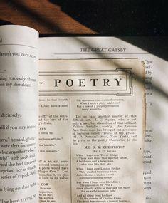 Envers du Decor - 𝚒 𝚠𝚊𝚜 𝚠𝚒𝚝𝚑𝚒𝚗 𝚊𝚗𝚍 𝚠𝚒𝚝𝚑𝚘𝚞𝚝, 𝚜𝚒𝚖𝚞𝚕𝚝𝚊𝚗𝚎𝚘𝚞𝚜𝚕𝚢 𝚎𝚗𝚌𝚑𝚊𝚗𝚝𝚎𝚍. My Academia, Vintage Outfits, Dead Poets Society, The Secret History, Book Aesthetic, Aesthetic Vintage, Cream Aesthetic, Looks Vintage, Retro Vintage