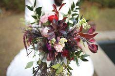 Burgundy wedding bouquet inspiration. Styled shoot. Marsala wedding colors. Rustic wedding. Vintage wedding. Wedding photography.