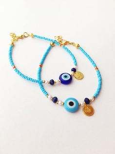 The sterling silver bracelets have actually been extremely popular amongst ladies. These bracelets are available in different shapes, sizes and styles. Seed Bead Bracelets, Ankle Bracelets, Jewelry Bracelets, Seed Beads, Evil Eye Jewelry, Evil Eye Bracelet, Charm Armband, Beaded Jewelry, Beaded Necklace