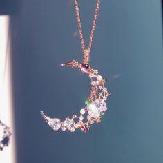 Todo lo que una persona puede imaginar, otros pueden hacerlo realidad… #fanfic # Fanfic # amreading # books # wattpad Kawaii Jewelry, Cute Jewelry, Jewelry Accessories, Fashion Accessories, Jewelry Design, Fashion Jewelry, Jewelery, Jewelry Necklaces, Moon Jewelry